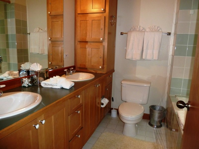 Properties with 3 or more bathrooms