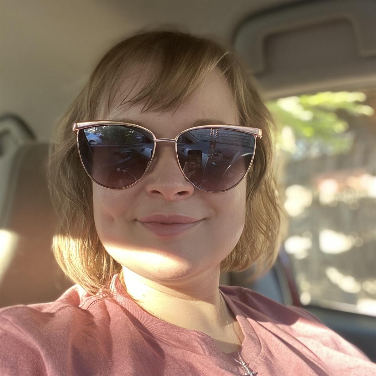 Liz of Manzanita Beach Getaway