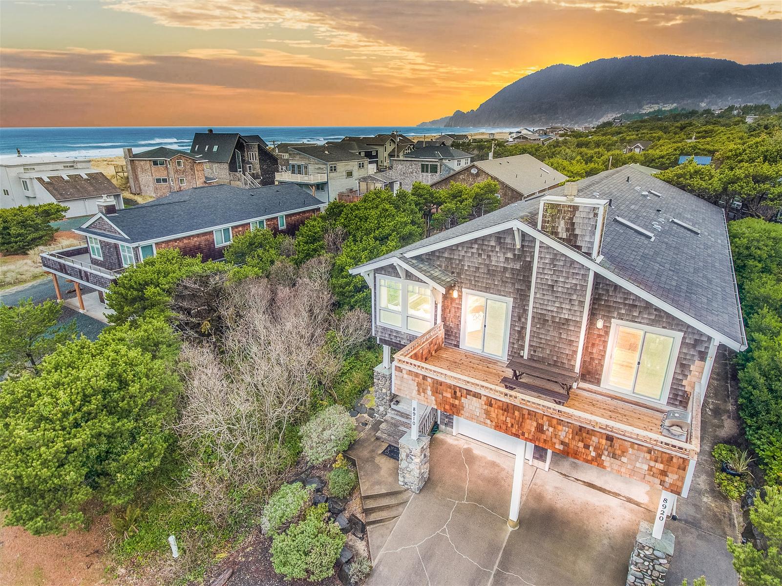 Fantastic All Manzanita Rentals Manzanita Beach Getaway Vacation Rentals Home Interior And Landscaping Palasignezvosmurscom